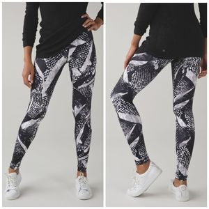 Lululemon Athletica Wunder Under Pant III Full-On